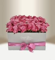 Luxury box with roses floral silver square - Flowers delivery in Prague